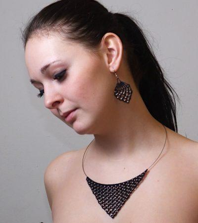 Háčkovaná souprava šperků LARIX PEARL